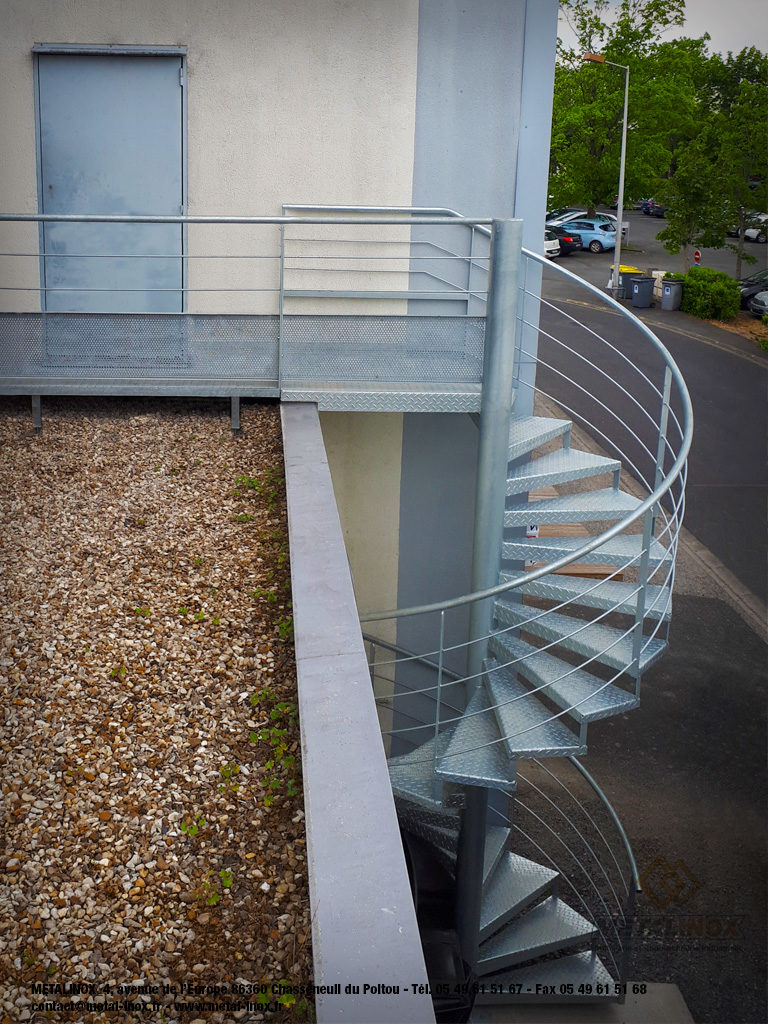 Escalier-hélicoidale-galvanisé-METALINOX