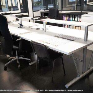 Bureau-ergonomique-LeanConcept-avec-tablette-superieure-1-METALINOX