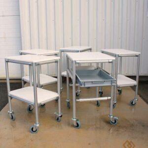 Desserte-4-roues-dont-1-frein-2-niveaux-en-PEHD+bac-600x400-mm-extractible-LeanConcept-2-METALINOX