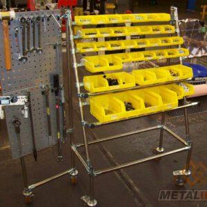 Desserte outils et bacs sur base lean inox - Mobilier & Aménagement industriel - METALINOX 1