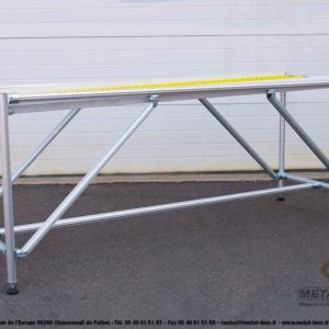 Table en convoyage à galets pour expédition et réception d'un toboggan industriel 1 - METALINOX