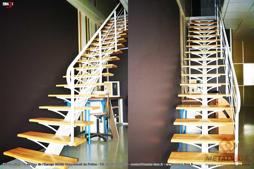 Escalier droit - limon central - marches en bois METALINOX