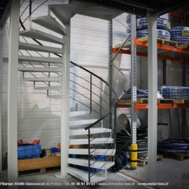 Escalier helicoidal usine SEFI METALINOX